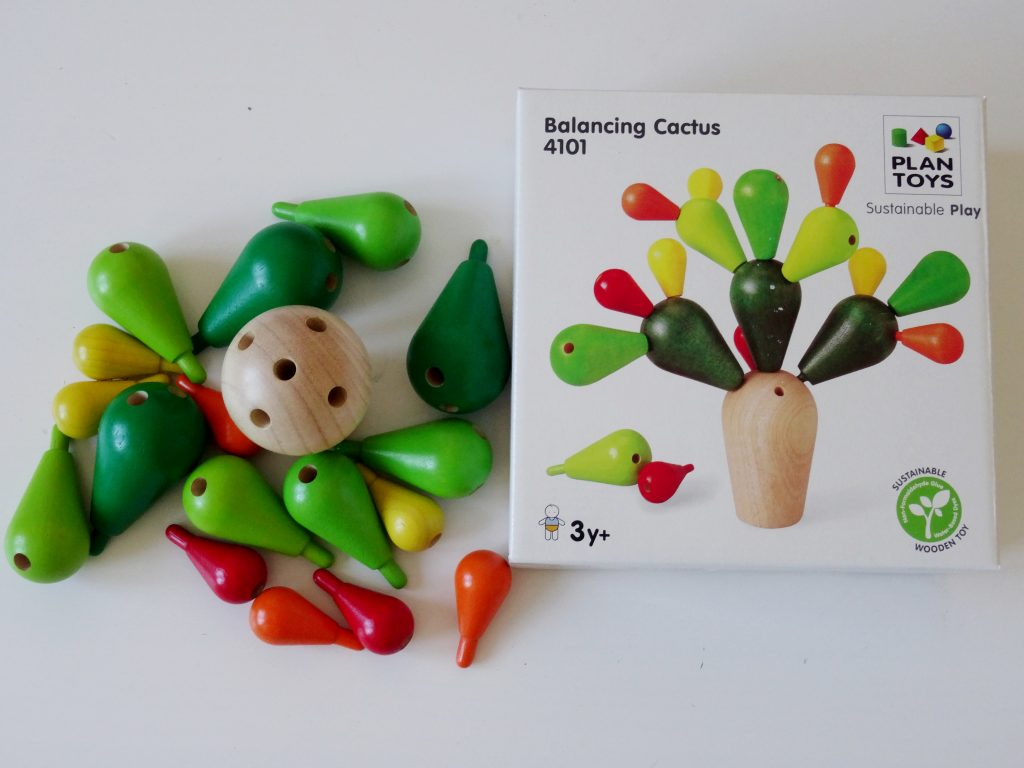 balansujący kaktus