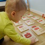 Prezent, który bawi i uczy od małego, a do tego jeszcze wygląda!