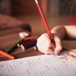 Już nawet przedszkolaki pracują nad projektem – czy ten świat stanął na głowie?